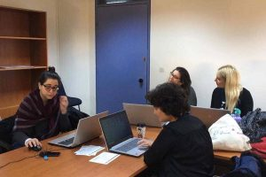 Research Methods Seminar on Analysing Text and Discourse